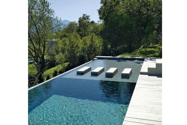 Le couloir de nage pour les amoureux de la natation - Bassin nage contre courant prix brest ...