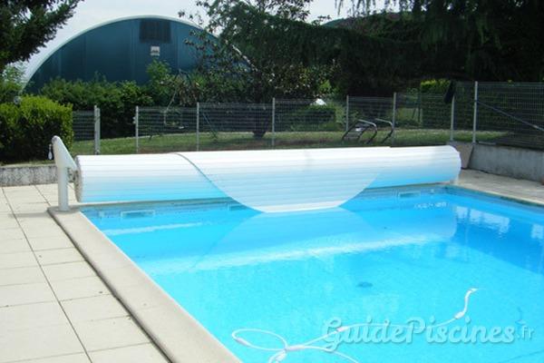 Quelles couvertures ou b ches choisir pour couvrir votre for Choisir piscine