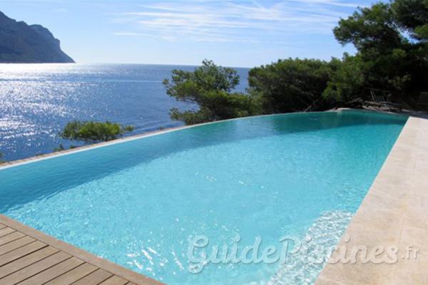 sp cialiste de la piscine sur mesure dfm piscines se d voile. Black Bedroom Furniture Sets. Home Design Ideas