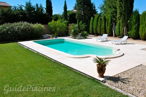 Une piscine qui vous ressemble de a z for Avoir une piscine