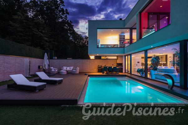Nos conseils d co de no l pour votre piscine chauff e - Conseils de decoration pour votre salon ...