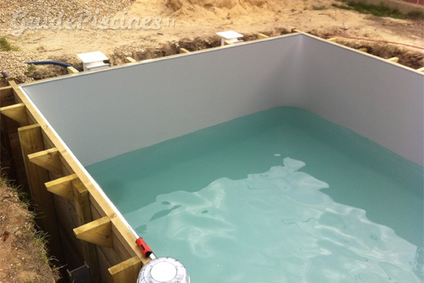 Les piscines en kit pour les mes bricoleuses - Piscine creusee en kit ...