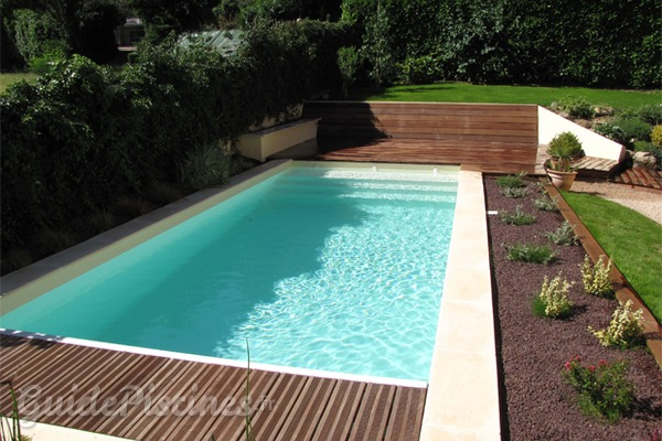 Pourquoi d cider de construire une piscine enterr e for Kit piscine semi enterree