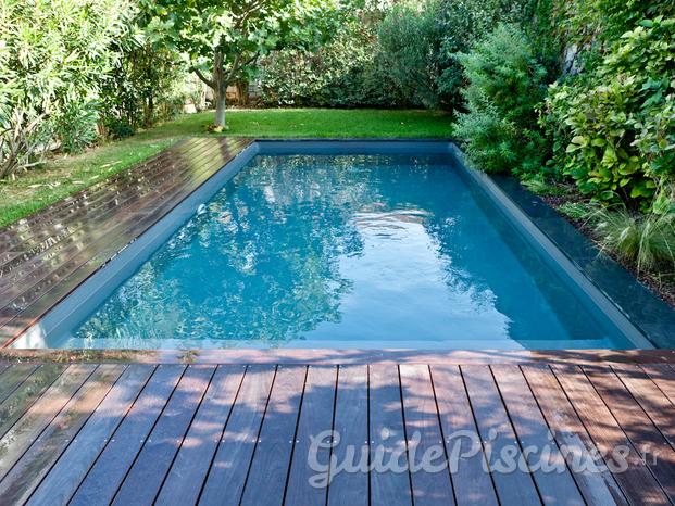 carr d 39 eau piscines spas. Black Bedroom Furniture Sets. Home Design Ideas