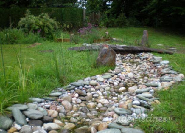 Photos de aux jardins naturels - Galet de riviere ...