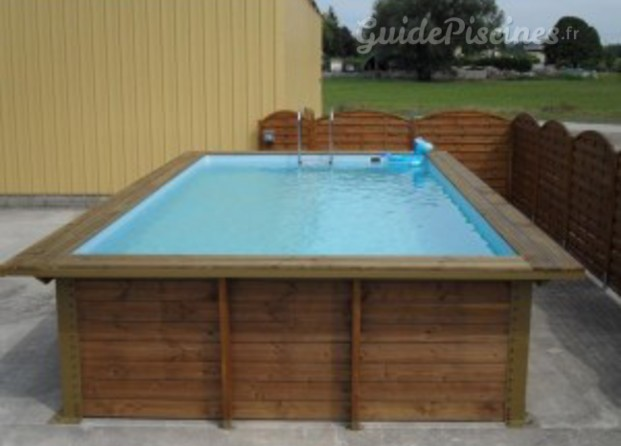Couverture piscine rh ne for Montage piscine bois