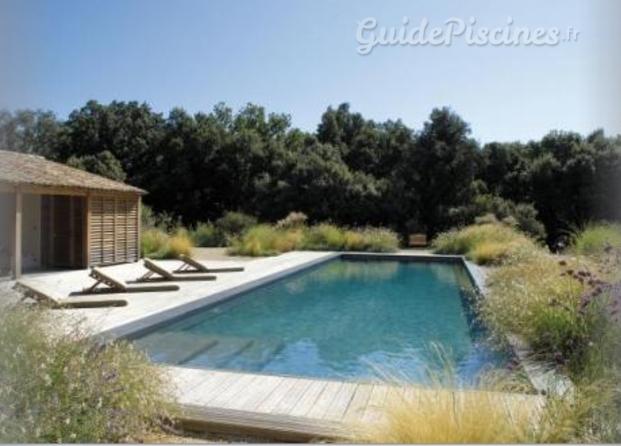 piscine carr bleu. Black Bedroom Furniture Sets. Home Design Ideas