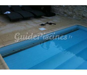 Volet immerg en fond de bassin for Volet piscine immerge fond de bassin