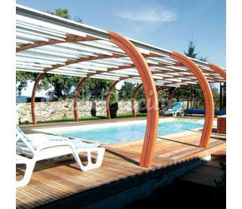 Dom composit oc aviva for Piscine coque acrylique prix